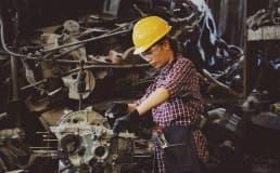 Saiba como conciliar ergonomia e segurança na sua fábrica