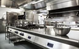 Principais causas de acidentes em cozinhas industriais